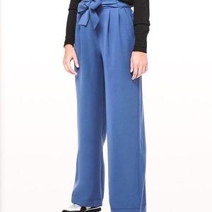 Lululemom Noir Wide Leg Trouser Pants